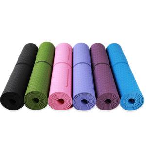 Tapis de yoga antidérapant avec alignement