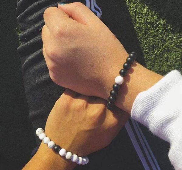 bracelets-distance-3x